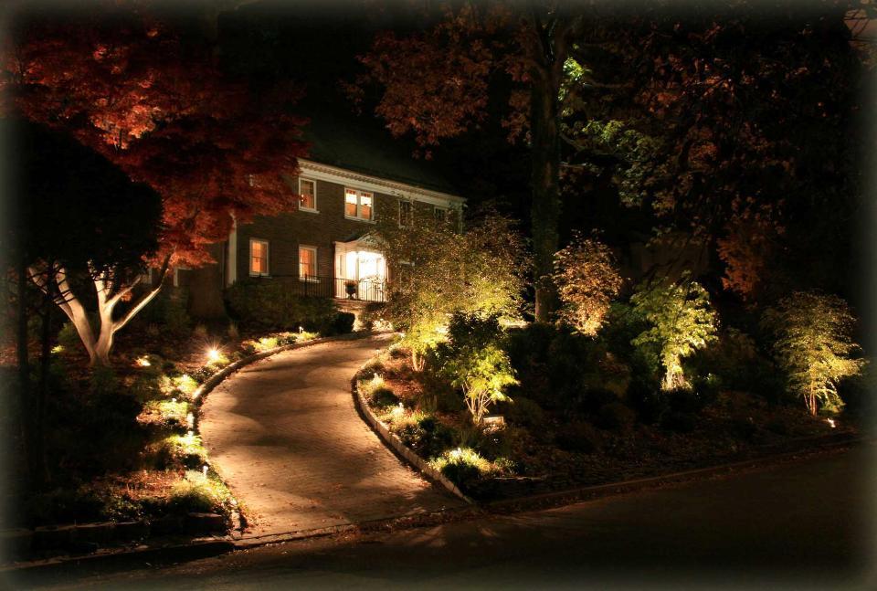 Outdoor Lighting Tarrytown Pro Landscape Lighting